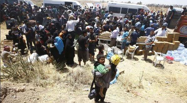 Беженцы на границе с Турцией  Tal Abayd