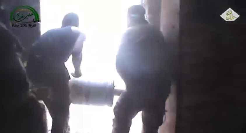 Алеппо, подрыв перекрытий здания.. оппозиция в наступлении