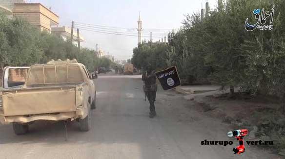 Боевики ИГИЛ в городе