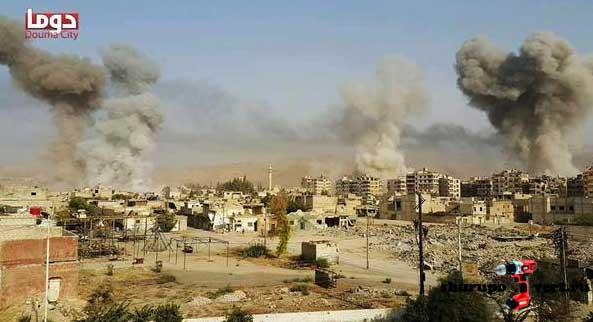 На наступление сил оппозиции в пригородах Дамаска, Асад ответил бомбардировкой жилых кварталов города Дума, Сирия