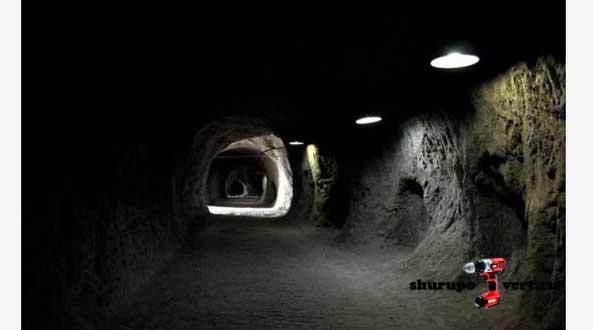 Туннель палестинских боевиков или контрабандистов между Палестиной и Египтом