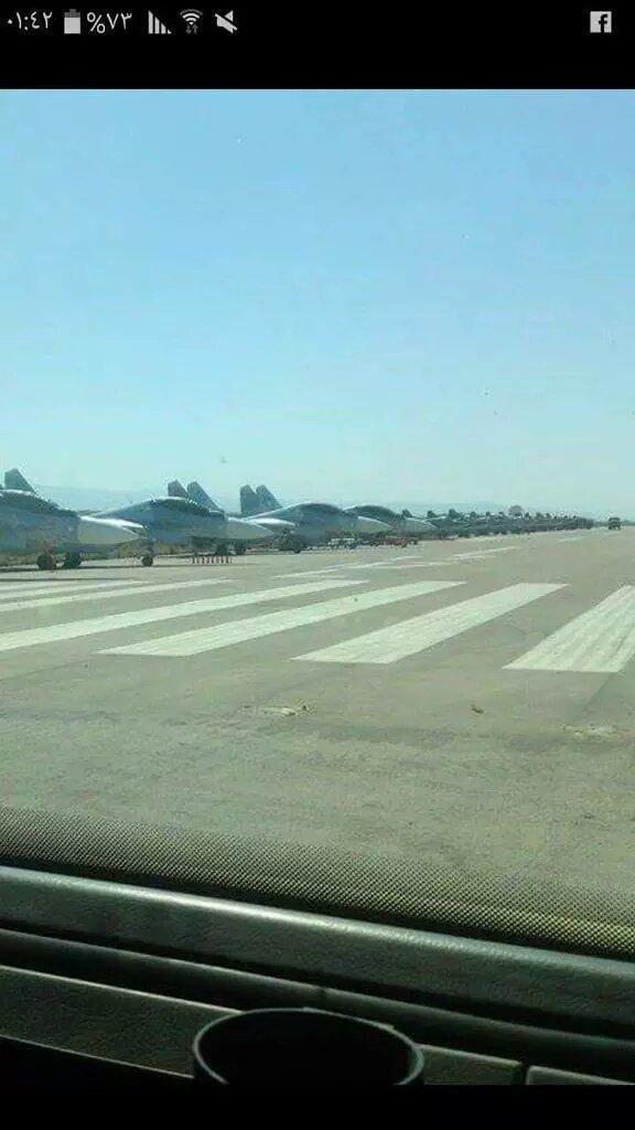 Российская авиация в Сирии, первая фота на взлетной полосе в Латакии