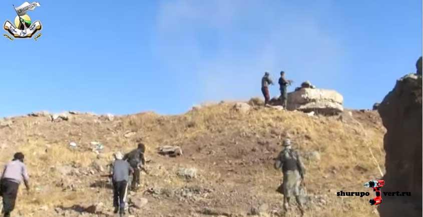 Момент захвата высоты Tall al Ahmar в Кунейтра силами оппозиции