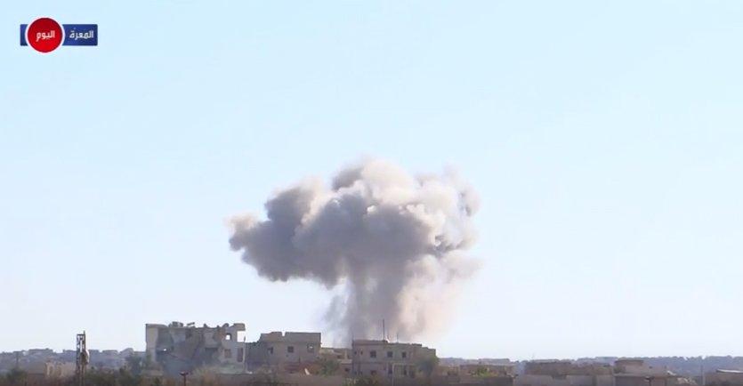 Ракетный удар Maarrat al-Numan, провинция Идлиб, Сирия, территория повстанцев