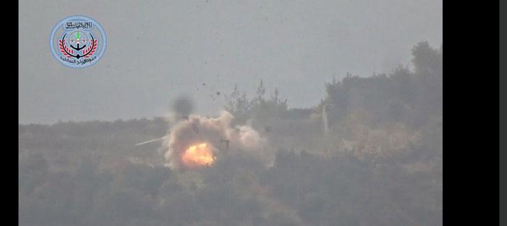Попадание ракеты ПТРК TOW в МИ-8