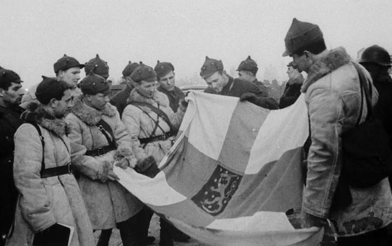 Размышления над главой первой «союзники на словах» монография: «Сталин, Гитлер и Запад» Лоуренс Рис — дружба СССР и Германии